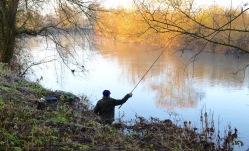 Fisherman on the Wye, winter